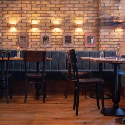 The-Perky-Nel-interior-Sports-Pub-2